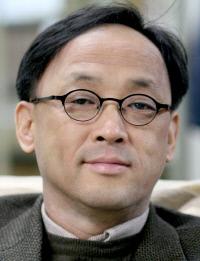 김명인 | 인하대 국어교육과 교수·문학평론가