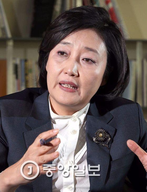더불어민주당 안희정 후보 캠프의 의원 멘토단장인 박영선 의원. [중앙포토]
