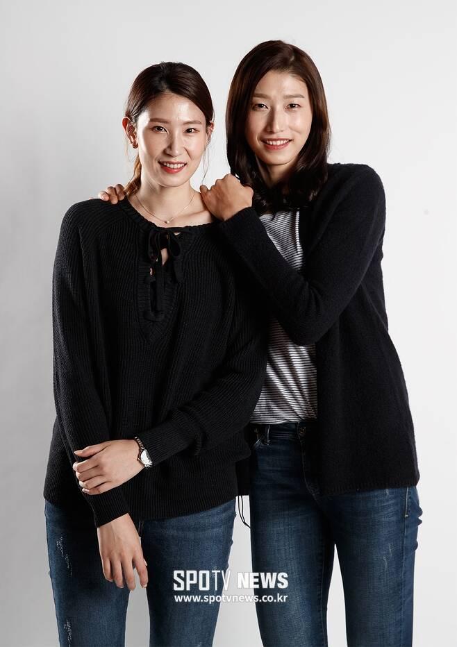 ▲ 김수지(왼쪽)와 김연경 ⓒ 한희재 기자