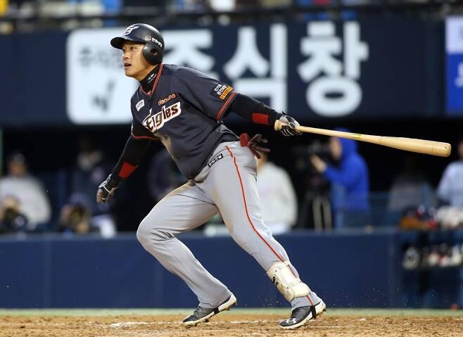 ▲ 김원석은 지난 17일 kt와 경기에서 프로 데뷔 첫 홈런을 쏘아올렸다. ⓒ한화 이글스