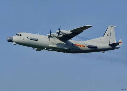 지난 26일 우리측 방공식별구역을 침범한 중국해군 소속의 까오신 8호 전자정찰기 (사진=중국해군)