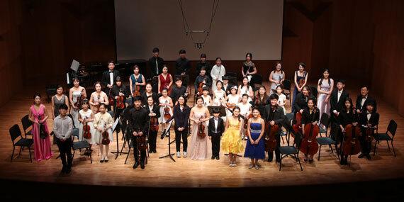 앙상블 '이상희와 프랜즈'가 'IVI와 함께하는 이상희 바이올린 독주회' 무대에서 한 자리에서 모였다. [사진 이상희와 프랜즈]