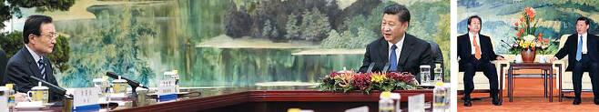 중국과 미국서 동시에 벌어진 한국 특사에 대한 '외교 결례' 논란 - 19일 중국 베이징(北京) 인민대회당 푸젠홀에서 테이블 상석에 앉은 시진핑(오른쪽) 중국 국가주석과 테이블 옆에 앉은 이해찬 중국 특사가 이야기를 나누고 있다(왼쪽 사진). 이런 좌석배치는 2013년 1월23일 당시 박근혜 대통령 당선인의 김무성 특사(왼쪽)가 시 주석 옆에 나란히 앉은 것과 비교돼 외교적 결례 논란이 일고 있다(오른쪽 사진). /AP 연합뉴스·연합뉴스