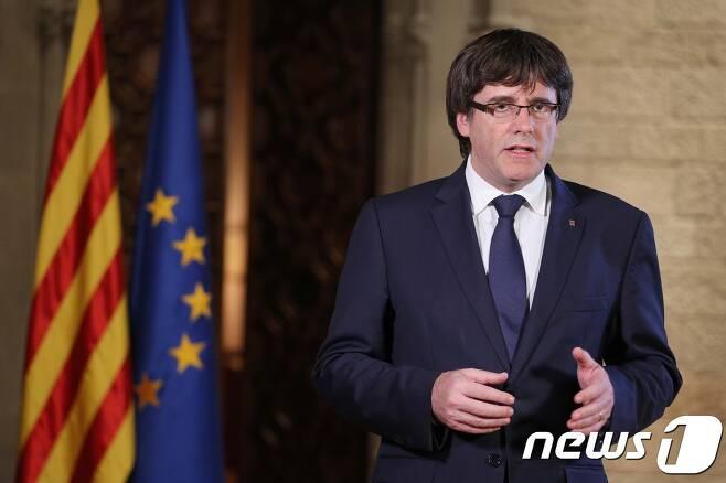 스페인 카탈루냐 자치정부를 이끄는 카를레스 푸지데몬 수반. © AFP=뉴스1