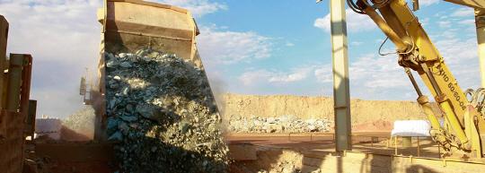 호주의 한 금광에서 현지 광산업체 KCGM의 중장비들이 채굴 작업을 하고 있다.  KCGM 홈페이지