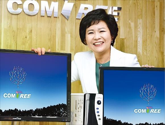이숙영 컴트리 대표가 서울 가산동 본사에서 망분리 PC를 설명하고 있다.  /김정은 기자
