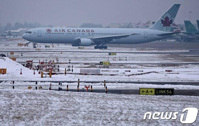 캐나다에 몰아친 한파 영향에 주요 공항에서 수백편의 항공편이 지연·취소됐다. (자료사진) © AFP=뉴스1