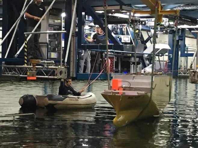 네덜란드 해양연구소 '마린'이 세월호 침몰 원인을 분석하기 위한 시뮬레이션 작업을 준비하고 있는 모습. 바헤닝언/정은주 기자