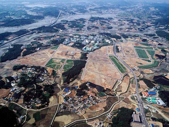 경기도 화성시 발안산업단지 (조성 당시 모습, 2006년 완공)