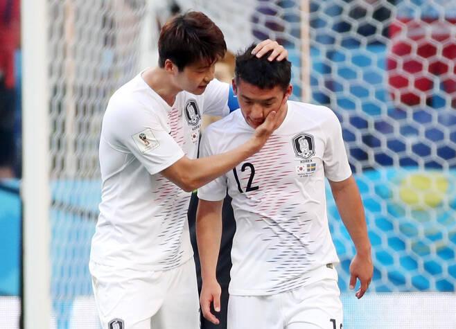 ▲ 기성용과 김민우(오른쪽) ⓒ연합뉴스