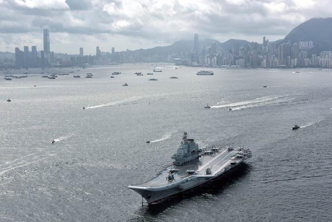 중국 항공모함 랴오닝함 ⓒPIC연합·AP연합
