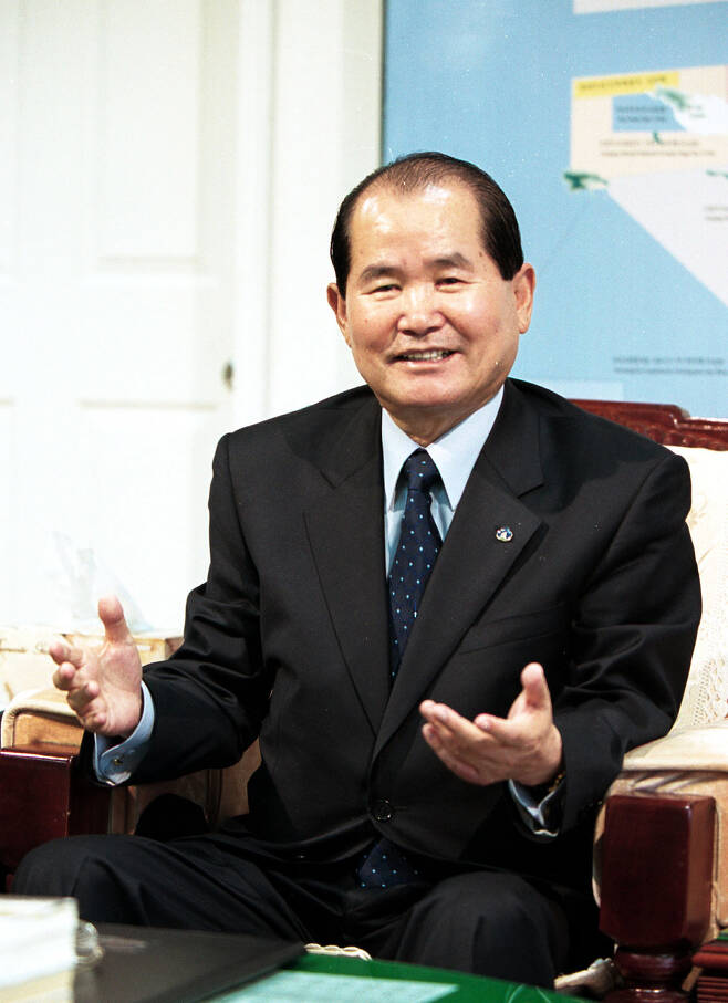 '실미도 탈출 사건'을 맨 처음 국회(8대 국회의원)에서 따지다 고문까지 받은 고 강근호 전 전북 군산시장.
