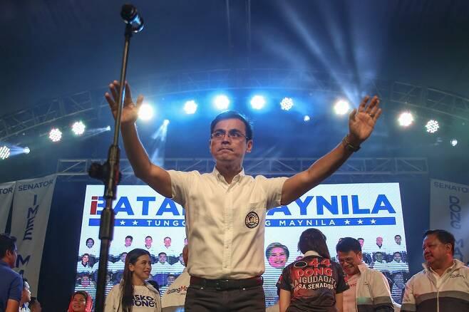 톤도 출신으로 현 마닐라 시장에 재직중인 이스코 모레노 도마고소 역시 '팍팍'을 먹으며 자랐다/사진=ABS-CBN