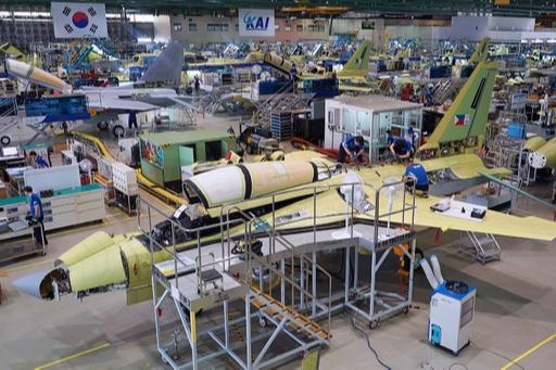경남 사천 한국항공우주산업(KAI) 공장에서 FA-50 경공격기가 조립되고 있다. KAI 제공