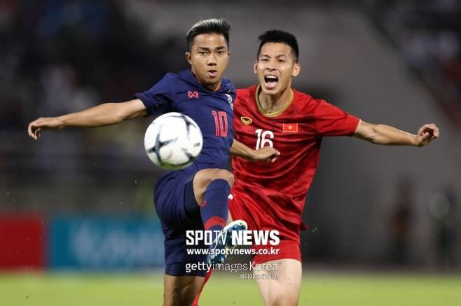 ▲ 베트남이 19일 안방에서 열린 월드컵 아시아 2차예선에서 태국과 승부를 가르지 못했다