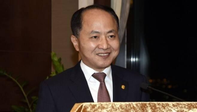 왕즈민 홍콩 연락 판공실 주임 - 위키백과 갈무리