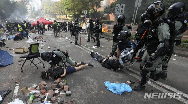 홍콩이공대 시위 현장