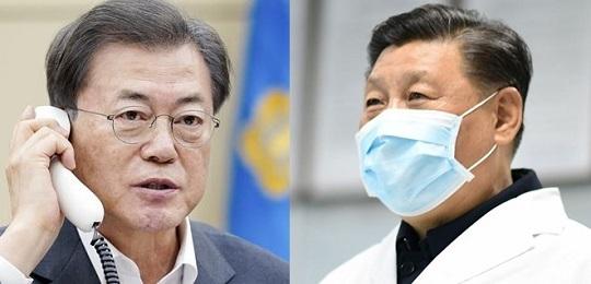 문재인 대통령이 어제(20일) 오후 시진핑 중국 국가주석(오른쪽)과 32분 간 전화통화를 하며 코로나 19 사태 대처에 대한 이야기를 나눴다. 사진=신화/뉴시스