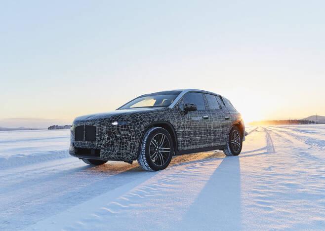 BMW i넥스트 시험 주행 장면.