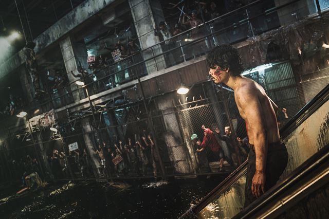 연상호 감독의 새 영화 '반도'는 예정대로 7월 개봉한다. NEW 제공