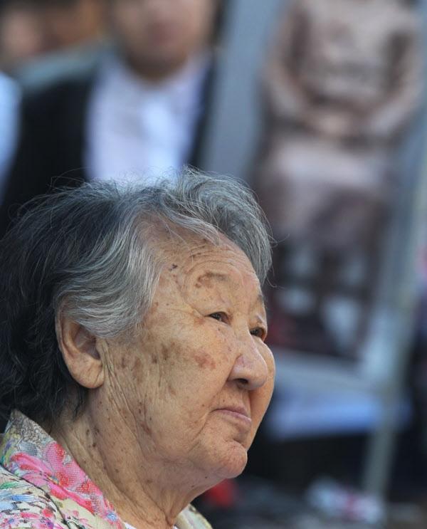 길원옥 할머니/장련성 기자