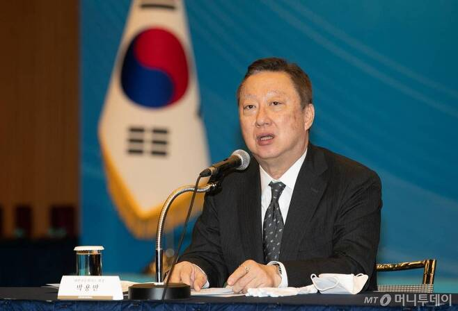 지난 3월18일 서울 중구 대한상공회의소에서 열린 제47회 상공의 날 기념식에 참석한 박용만 대한상의 회장이 인사말을 하고 있다. /사진=김창현 기자