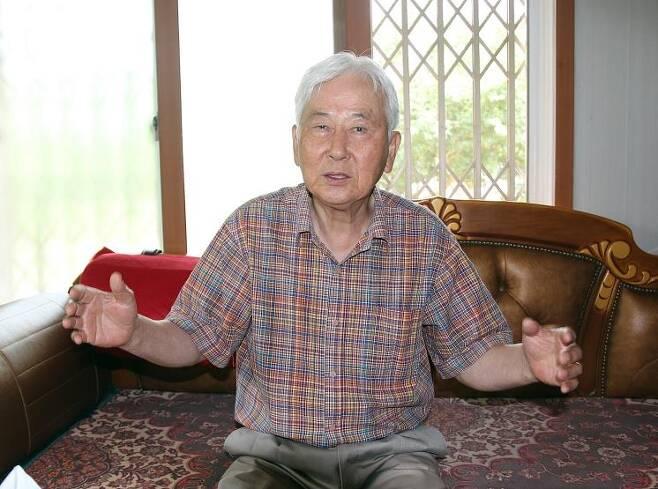 '한독산림 협력사업' 주역인 김종관 박사가 사업 과정과 성과에 대해 설명하고 있다. [촬영 허광무]