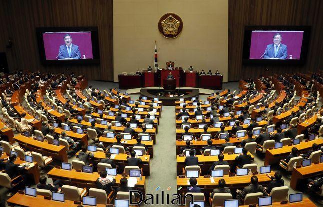 민주당이 임대차 3법 가운데 하나인 주택임대차보호법을 30일 본회의에서 처리했다. ⓒ데일리안 박항구 기자
