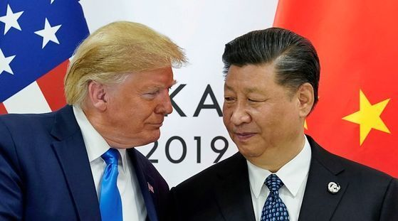 미국 도널드 트럼프(왼쪽) 대통령과 중국 시진핑 국가주석. [로이터=연합뉴스]