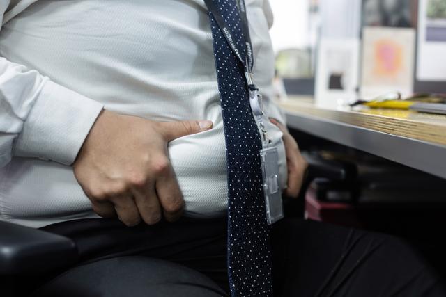 50세를 넘긴 남성이 복부 비만이라면 전립선암 발병 위험이 커지는 것으로 조사됐다. 게티이미지뱅크