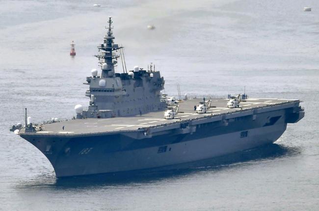항공모함으로 개조 예정인 일본의 이즈모급 호위함. [동아db]