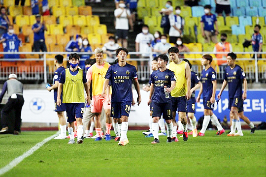 수원 삼성은 올 시즌 K리그1 11위에 머무르고 있다(사진=한국프로축구연맹)