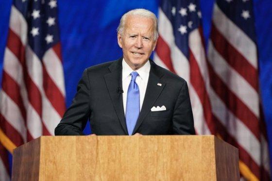 """조 바이든 전 미 부통령은 지난 20일 민주당 대선 후보 수락연설에서 '어둠이 아닌 빛의 동맹이 되겠다""""고 말했다. 대통령 당선 시 동맹들과 함께 중국에 대한 압박을 이어갈 것으로 보인다. [중국 환구망 캡처]"""