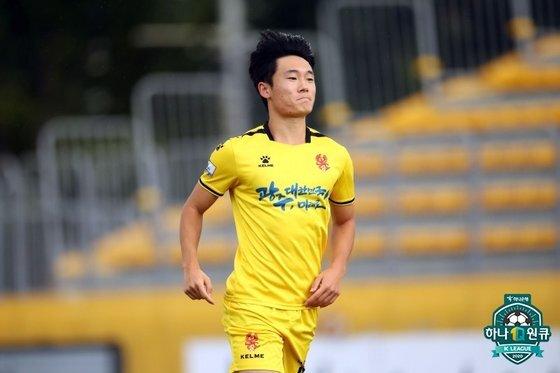 지난 12일 전북전 득점 후 기뻐하는 엄원상의 모습. 엄원상은 이날 멀티골을 터뜨리며 맹활약했다. 한국프로축구연맹