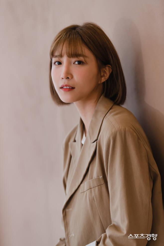 """KBS2 '한 번 다녀왔습니다'의 막내 '송다희' 역을 맡은 배우 이초희. """"KBS 주말극 막내 커플은 반드시 뜬다""""라는 말이 또 한 번 실현될 수 있을까? 사진 굳피플 엔터테인먼트"""