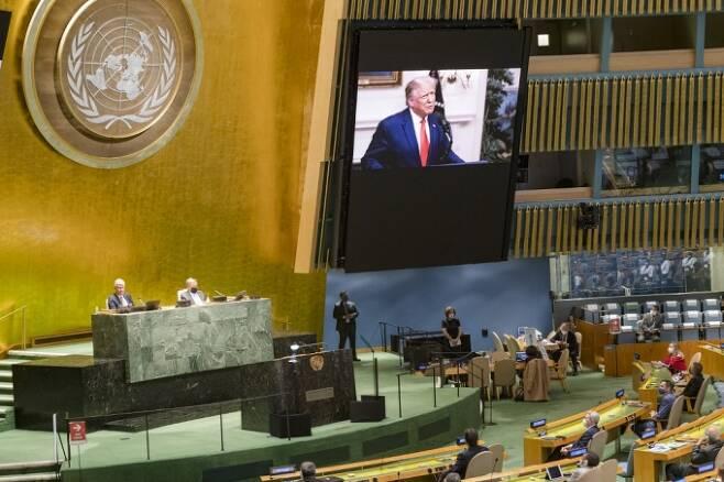 지난 22일 유엔총회 화상 연설에서 트럼프 대통령은 중국에게 코로나19 책임을 묻는 발언을 했다.  /AFPBBNews=뉴스1