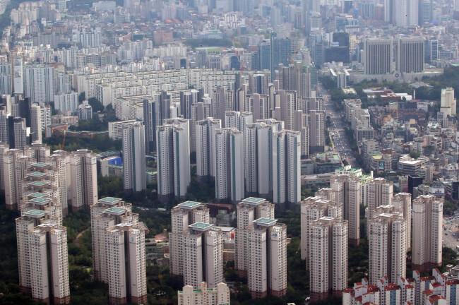서울 강남의 아파트들 모습. 김기남 기자