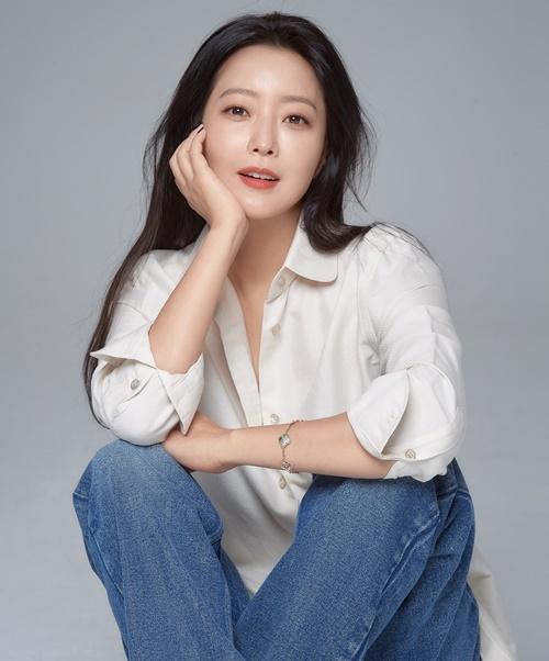 김희선 인터뷰 사진=힌지엔터테인먼트