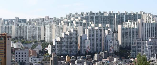 서울 강북권 아파트 단지 전경. /사진제공=뉴스1