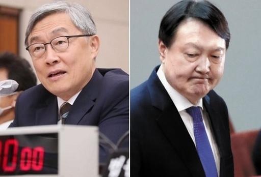 최재형 감사원장(왼쪽)과 윤석열 검찰총장. 세계일보 자료사진