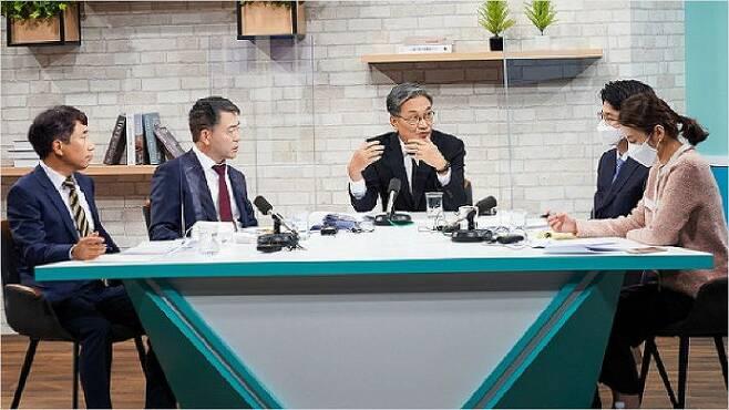 지난달 19일 열린 '현 제주공항 확장가능성 심층토론회'. (사진=자료사진)