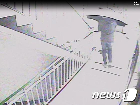 아파트 출입구 CCTV© News1