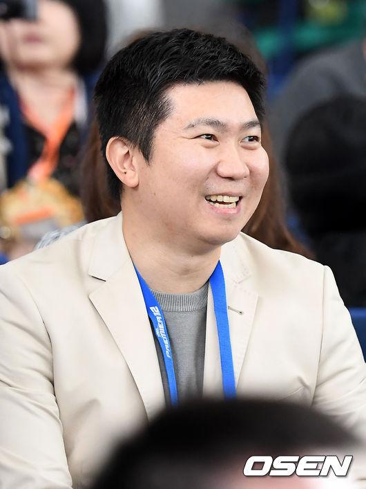 [OSEN=도쿄(일본), 곽영래 기자]유승인 IOC위원이 경기장을 찾이 경기를 관전하고 있다. /youngrae@osen.co.kr