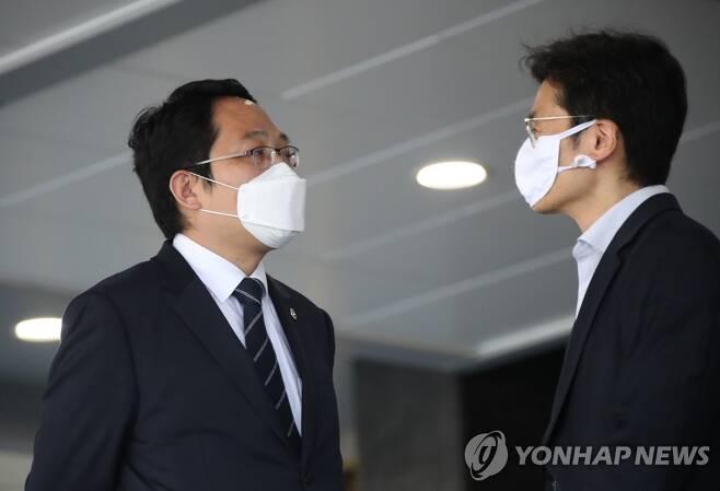 의·정 협의체 구성 합의서 서명 마친 최대집 회장 [연합뉴스 자료 사진]