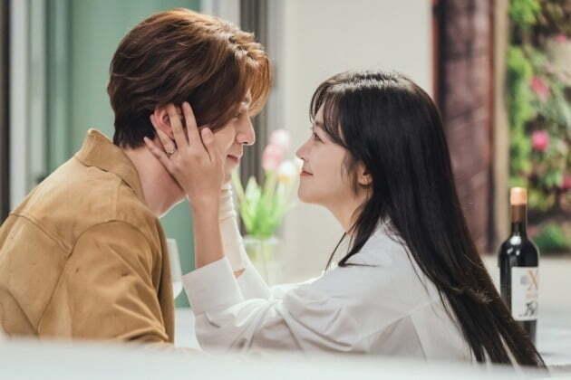 '구미호뎐' 이동욱, 조보아./사진제공=tvN