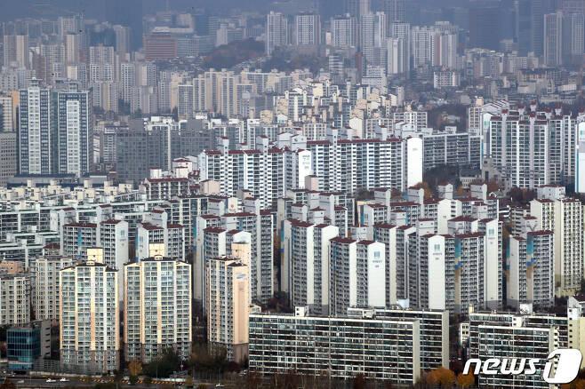 서울 도심의 아파트 단지 모습. © News1 이광호 기자