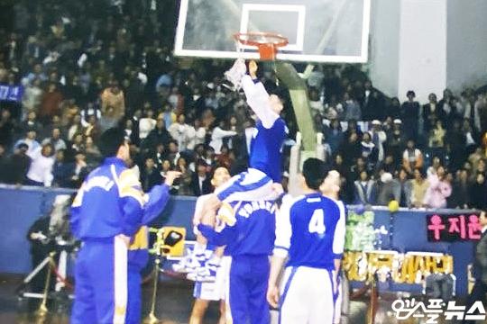 최희암 부회장은 농구 인생 최고의 순간으로 1993-1994시즌 농구대잔치 우승을 꼽는다(사진=엠스플뉴스)