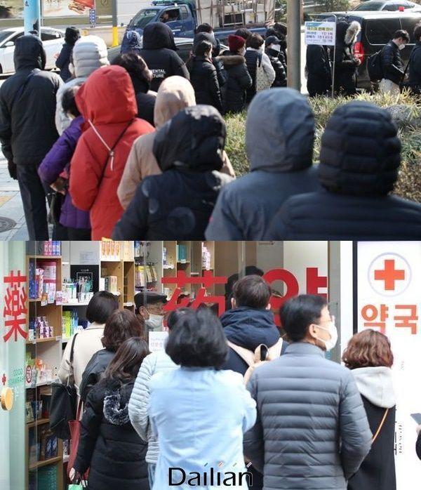 공적마스크 제도가 시행되는 첫날부터 약국과 우체국 앞은 시민들의 긴 줄이 이어졌고, 허탕을 치는 사람들의 불만이 최고조에 달했다. (자료사진) ⓒ데일리안 류영주 기자