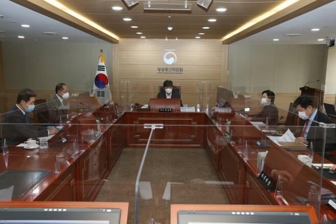 방송통신위원회는 18일 과천정부종합청사에서 제70차 위원회 전체회의를 개최했다. [방통위]
