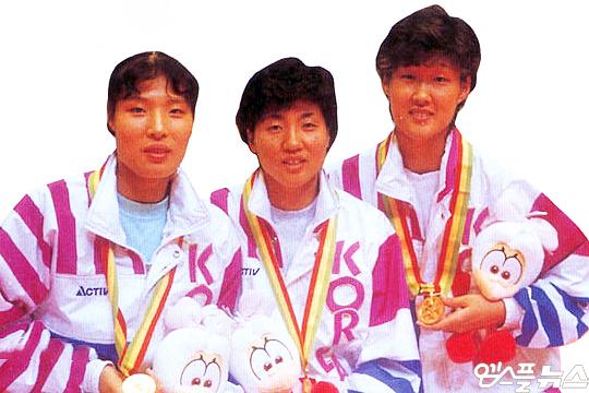 1994년 히로시마 아시아경기대회 금메달 주역 김남순(사진 맨 왼쪽부터), 장윤희, 홍지연(사진=엠스플뉴스)